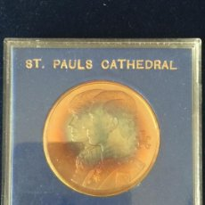 Medallas temáticas: MEDALLA ST. PAUL´S CATHEDRAL / SOLID BRONZE.. Lote 147681534