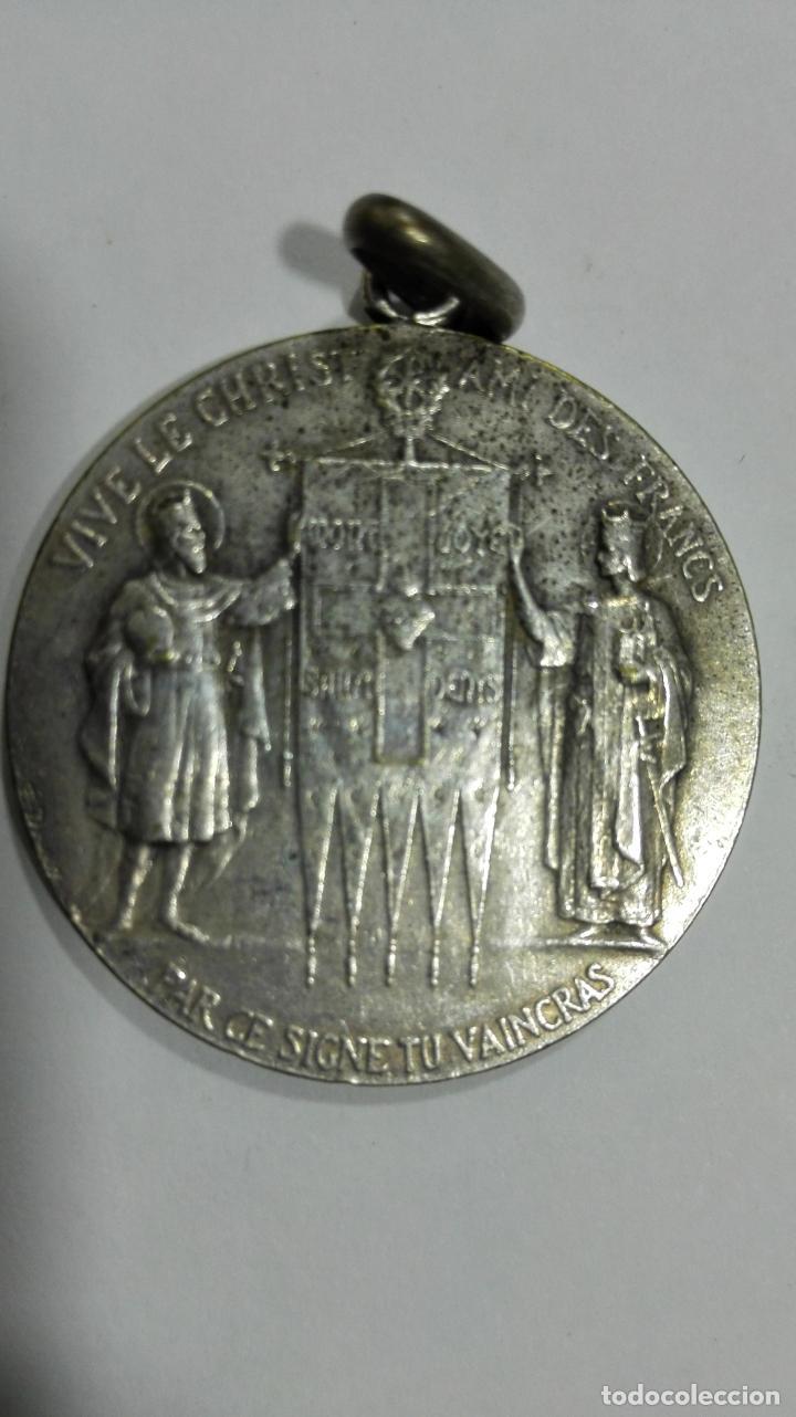 Medallas temáticas: MEDALLA VIVA CRISTO EL AMIGO DE LOS FRANCESES. MEDIDAS 2,7 CM - Foto 2 - 147696038