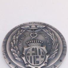 Medallas temáticas: MEDALLA DE AGENTS COMERCIALS DE 1990. Lote 154227406