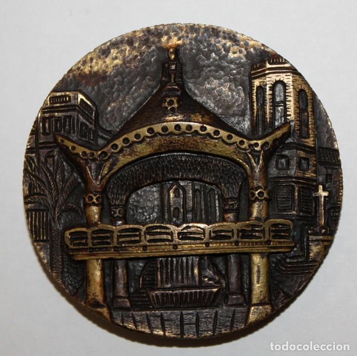 Medallas temáticas: MEDALLA EN BRONCE COLLA SARDANISTA DE SABADELL. 25 ANIVERSARI (1947 - 1972) - Foto 2 - 148783826