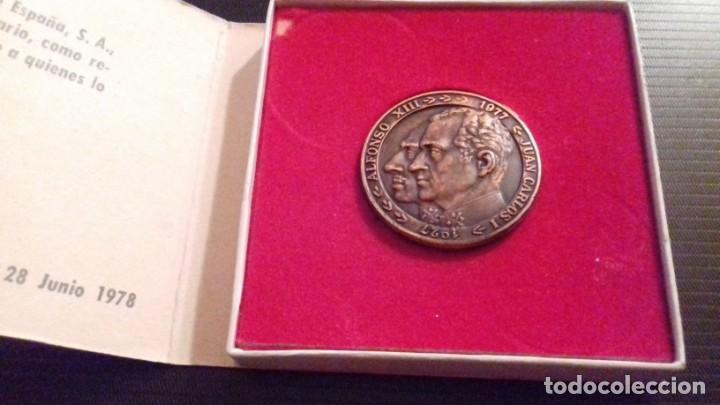 Medallas temáticas: Medalla - moneda Compañía IBERIA 50 Aniversario 1927 - 1977, 28 Junio 1978, en su estuche original - Foto 3 - 151662918