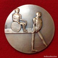 Medallas temáticas: MEDALLA DE BRONCE DE 8 CM. DE DIAMETRO, ESPÍRITU PURO, DE LA FNMT, FIRMADA EN ANAGRAMA : O Y . INTER. Lote 161589488