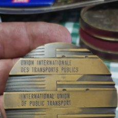 Medallas temáticas: MEDALLA DE LA UNIÓN INTERNACIONAL DE TRANSPORTES PÚBLICOS AÑO 1985. Lote 153827652