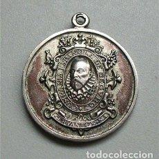 Medalhas temáticas: ANTIGUA MEDALLA DE LA COMPAÑÍA ESPAÑOLA DE SEGUROS CERVANTES S.A. EMBLEMA Y SAN CRISTÓBAL. Lote 154285506