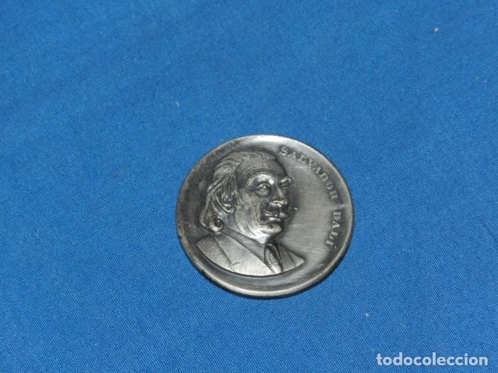 (MCAJON1) SALVADOR DALI TEATRO MUSEO FIGUERAS 28-IX-1974 , 5 CM, SEÑALES DE USO NORMALES (Numismática - Medallería - Temática)