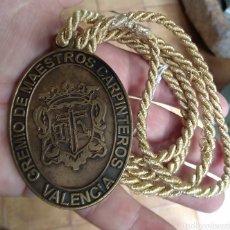 Medallas temáticas: GRAN MEDALLA DEL GREMIO DE MAESTROS CARPINTEROS DE VALENCIA - RARA -. Lote 156415678