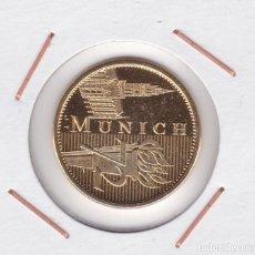 Medallas temáticas: MEDALLA JUEGOS OLÍMPICOS MUNICH 72 ( BAÑADA EN ORO ). Lote 156663270