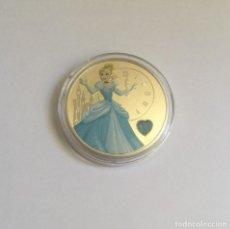 Medallas temáticas: MONEDA DE COLECCION DE CENICIENTA DE UNA ONZA BAÑADA EN PLATA. Lote 156960042