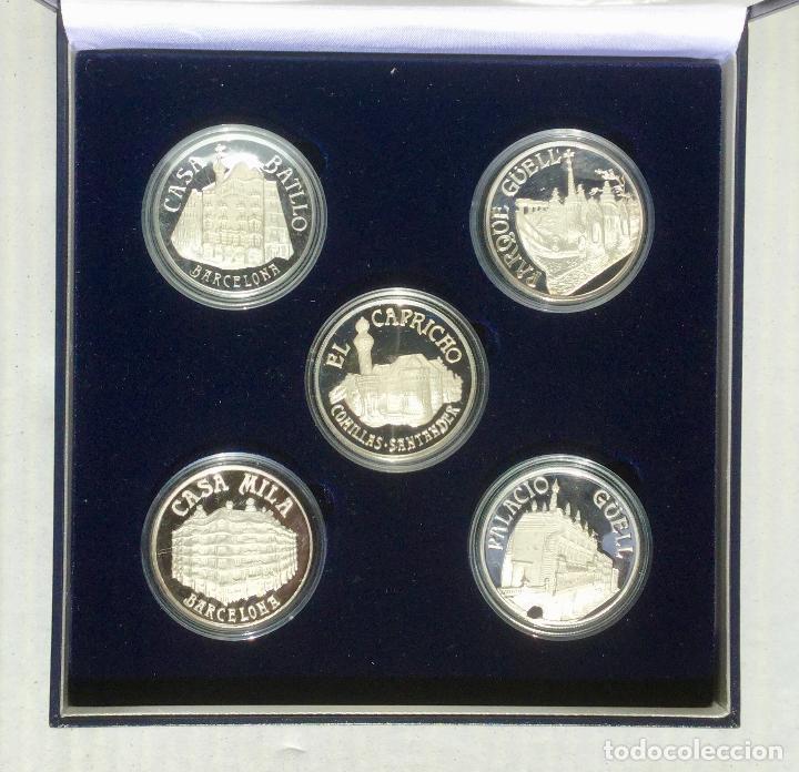 Medallas temáticas: COLECCIÓN GAUDí - 5 MEDALLAS DE PLATA 999/000 - Foto 2 - 157229526