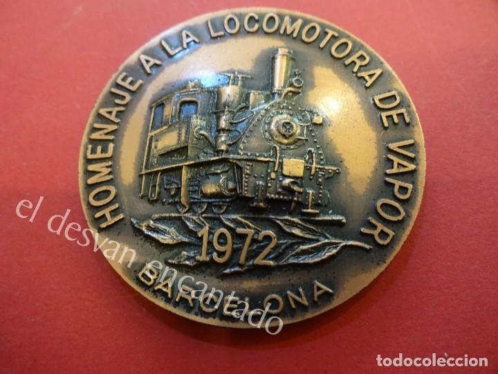 MEDALLA HOMENAJE A LA LOCOMOTORA DE VAPOR 1972. BARCELONA. 87 GR. 5 CTMS. DIÁMETRO (Numismática - Medallería - Temática)