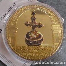 Medallas temáticas: MONEDA CON ORO Y PIEDRAS PRECIOSAS DE LA CAMARA DE TESOROS EN VIENA EL ORBE REICHSAPFEL. Lote 160246950