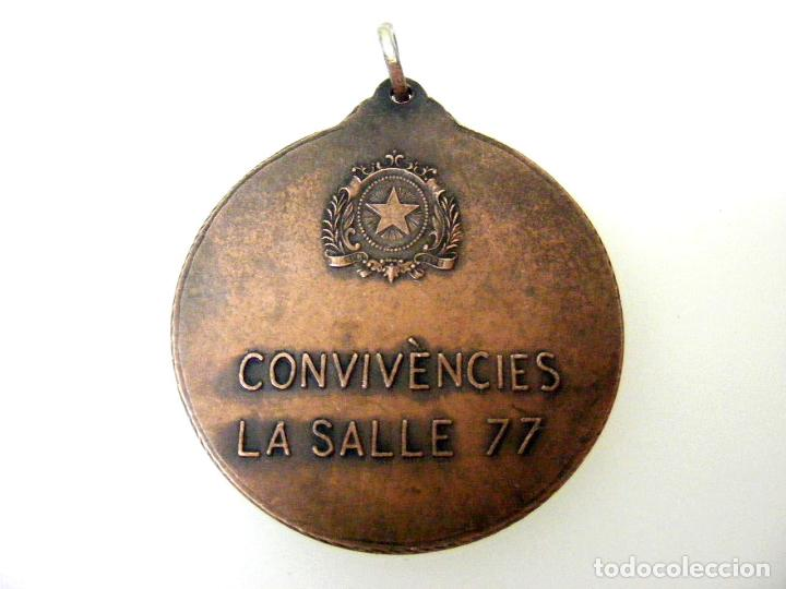 Medallas temáticas: MEDALLA LA SALLE BONANOVA - BARCELONA - CONVIVENCIAS - 1977 - Foto 2 - 160874866
