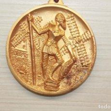 Medallas temáticas: MEDALLA DON QUIJOTE, 5 CM, CABALLEROS DE DON QUIJOTE, REGIDOR, BARCELONA. Lote 162463310