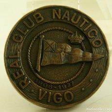 Medallas temáticas: MEDALLA REAL CLUB NAUTICO DE VIGO 1977. Lote 164267278