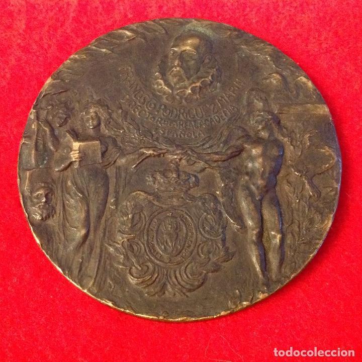 Medallas temáticas: Medalla de Mariano Benlliure dedicada a D. Fco. Rguez. Marín, director de la Real Acad. Española, - Foto 3 - 164725498