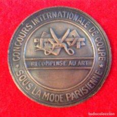 Medallas temáticas: MEDALLA BRONCE MÉTODO PARISINO MARTI, CONCURSO INTERNACIONAL DE CORTE. 37 MM.. Lote 167830804