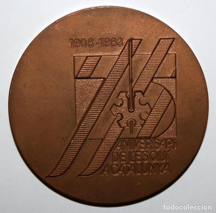 MEDALLA DEL 75 ANIVERSARI DE L' ESQUI A CATALUNYA (1908 - 1983) (Numismática - Medallería - Temática)