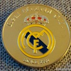 Medallas temáticas: MONEDA REAL MADRID, ORO, AUTÓGRAFO RONALDO FIRMADO, EDICIÓN LIMITADA, EN SU CAJA.. Lote 176552019