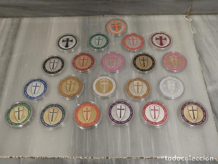 LOTE 20 MONEDAS CABALLEROS TEMPLARIOS - COLOREADAS - ESCUDOS - PLATA (Numismática - Medallería - Temática)