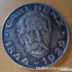 Medallas temáticas: ANTIGUA Y RARA MEDALLA CARL BENZ - MERCEDES BENZ - 1972 - MWM - AUTOMOVILISMO . Lote 182974278