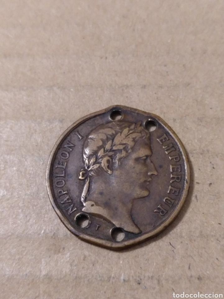 MEDALLA TUMBA DE NAPOLEÓN I 1853 AGUJEROS 23 MM. (Numismática - Medallería - Temática)