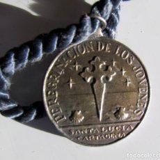 Medallas temáticas: MEDALLA DE LA PEREGRINACION DE LOS JOVENES DE CARTAGENA A SANTIAGO EN 1946.. Lote 187067617