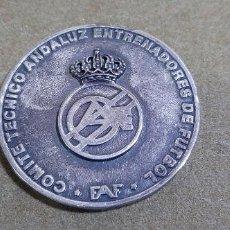 Medallas temáticas: 50 ANIVERSARIO 1954/2004 - COMITE TECNICO ANDALUZ ENTRENADORES DE FUTBOL - F.A.F.. Lote 188416682