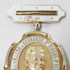 Medallas temáticas: RARA MEDALLA MASONICA LOGIA A.. YR..LOG..BERNARDO O'HIGGINS. N°392 ARGENTINA CHILE PLATA Y ESMALTE. Lote 188524540