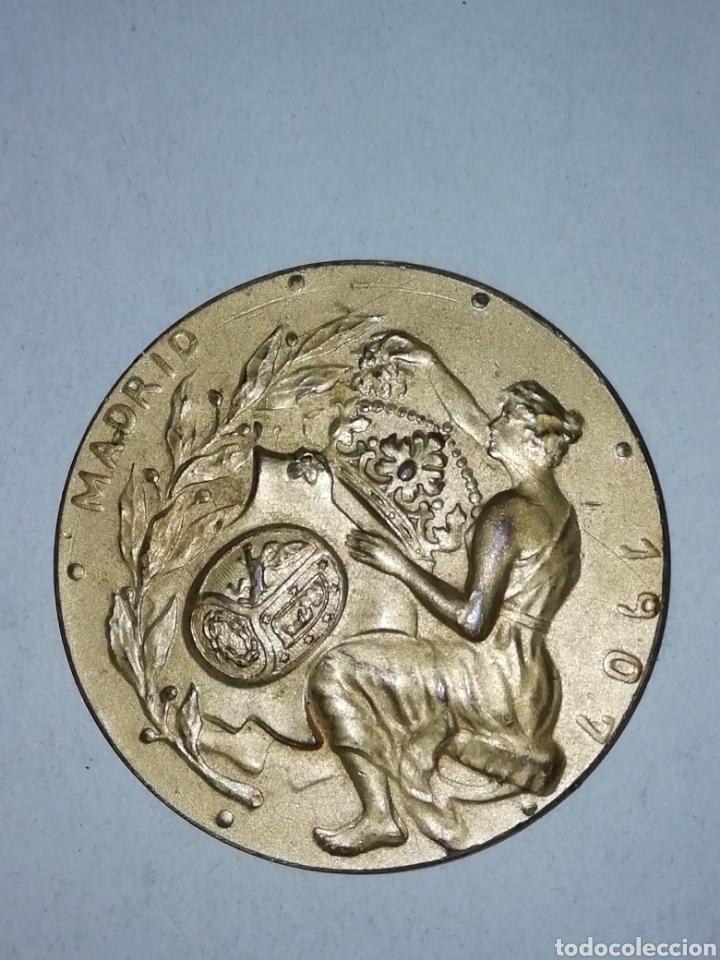 Medallas temáticas: Medalla 1907. Exposición de Industrias y Agricultura, Madrid. - Foto 2 - 194734871