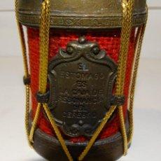 Medallas temáticas: MEDALLÓN EL ESTOMAGO ES LA CAJA DE RESONANCIA DEL CEREBRO, CON SONIDO DE CAMPANAS SI LO AGITAS.. Lote 194917362