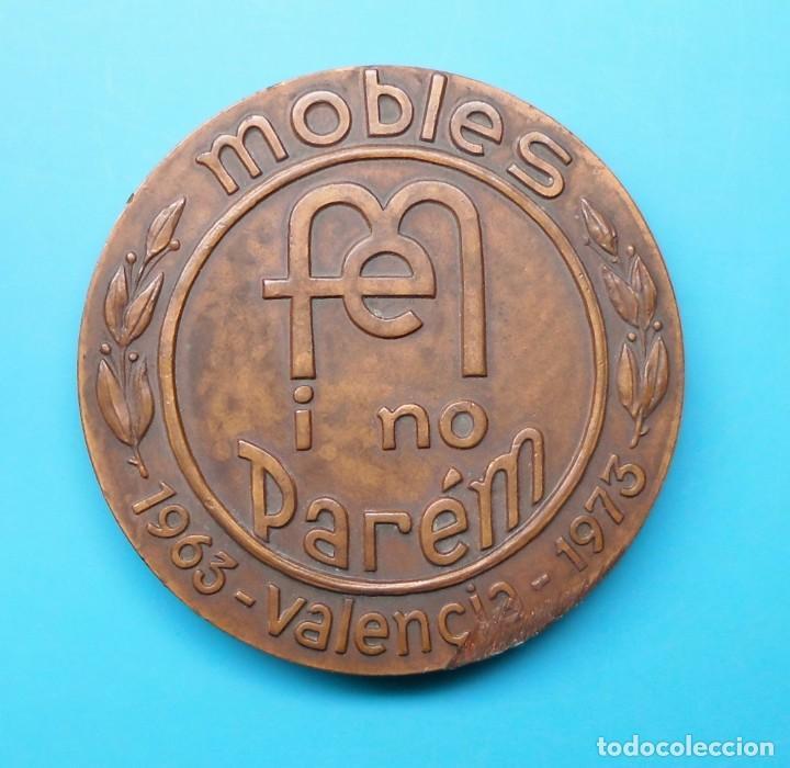 Medallas temáticas: FERIA ESPAÑOLA DEL MUEBLE, X ANIVERSARIO, 1963 VALENCIA 1973 - Foto 2 - 195416472