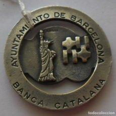 Medallas temáticas: 97,, RARA MEDALLA DEL AYUNTAMIENTO DE BARCELONA BANCA CATALANA.PAN AM, 25 AÑOS ENLACE ESPAÑA-USA. Lote 195418607