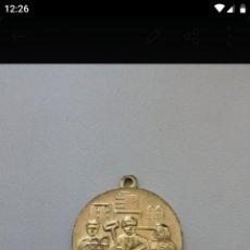 Medallas temáticas: MEDALLA DE LA RDA. Lote 196598395