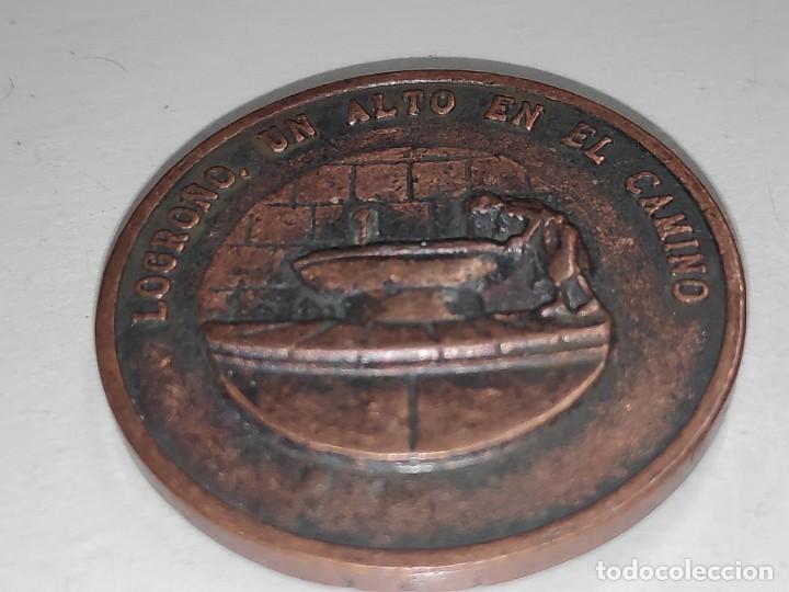 Medallas temáticas: LOGROÑO UN ALTO EN EL CAMINO-MEDALLA BRONCE VIEJO - Foto 3 - 197687493