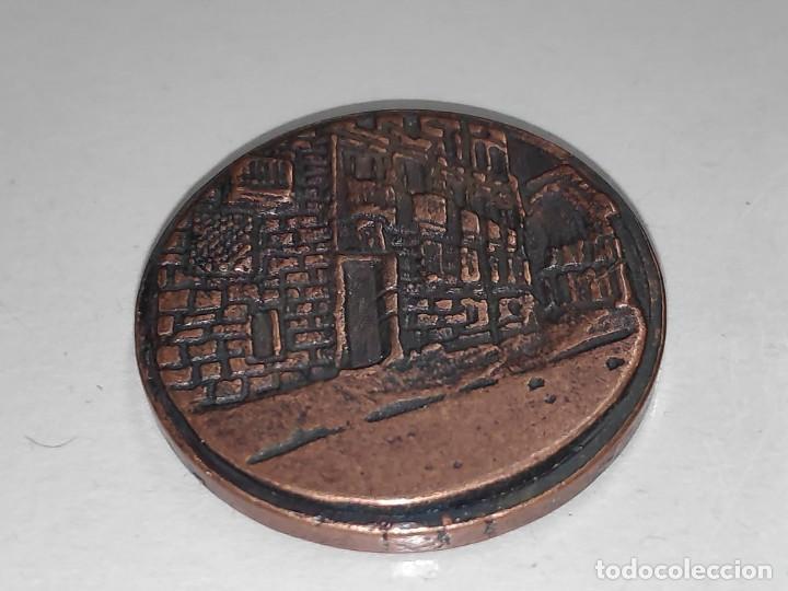 Medallas temáticas: LOGROÑO UN ALTO EN EL CAMINO-MEDALLA BRONCE VIEJO - Foto 4 - 197687493