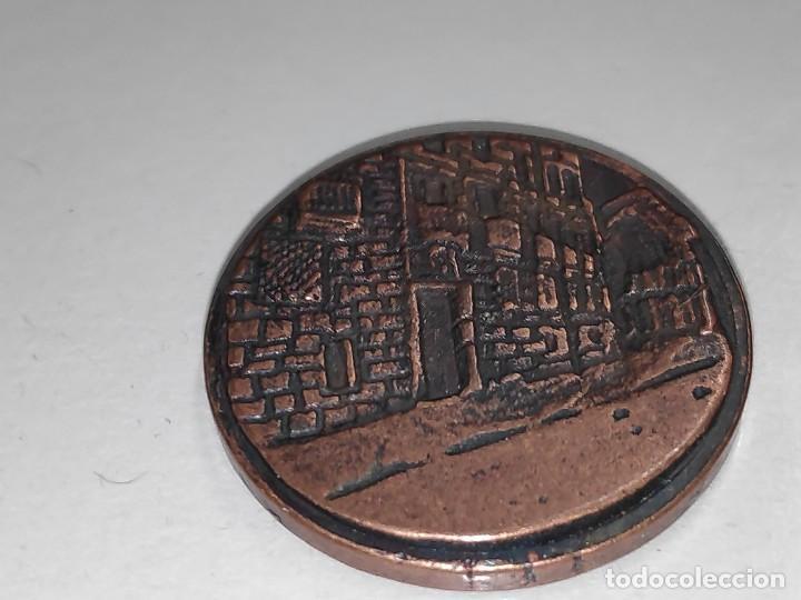 Medallas temáticas: LOGROÑO UN ALTO EN EL CAMINO-MEDALLA BRONCE VIEJO - Foto 6 - 197687493