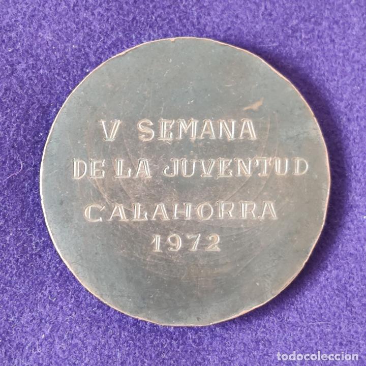 Medallas temáticas: MEDALLA DE V SEMANA DE LA JUVENTUD. CALAHORRA. 1972. CAJA DE AHORROS DE ZARAGOZA, ARAGON Y RIOJA. - Foto 2 - 197712987