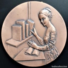 Medallas temáticas: MEDALLA XXV FIRA LLIBRE ANTIC MODERN BARCELONA BARCELONA MUJER LIBRO FERIA. Lote 198014482