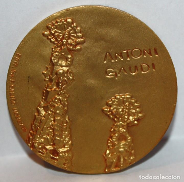 Medallas temáticas: MEDALLA REPRESENTATIVA AL ARQUITECTO ANTONI GAUDI (Reus 1852 - 1926 Barcelona) CALICO - Foto 2 - 203800890