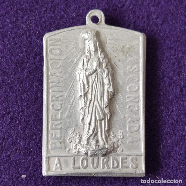 Medallas temáticas: MEDALLA DE LA VIRGEN DE ESTIBALIZ (ALAVA). PEREGRINACION VASCONGADA A LOURDES. ESCASA. - Foto 2 - 204056025