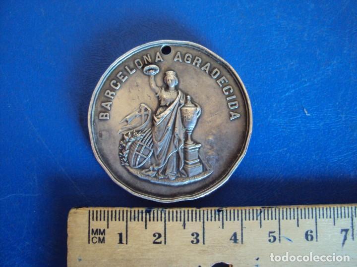 Medallas temáticas: (MED-200513)MEDALLA DE PLATA EPIDEMIA FIEBRE AMARILLA 1870 - BARCELONA - Foto 2 - 206116290
