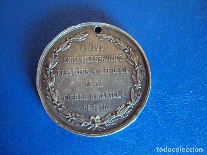 Medallas temáticas: (MED-200513)MEDALLA DE PLATA EPIDEMIA FIEBRE AMARILLA 1870 - BARCELONA - Foto 3 - 206116290