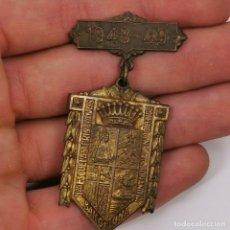 Medallas temáticas: ANTIGUA MEDALLA - INSIGNIA - 1948-49 - COLEGIO DE NUESTRA SEÑIRA DE BONANOVA BARCELONA- RARA!. Lote 206156486