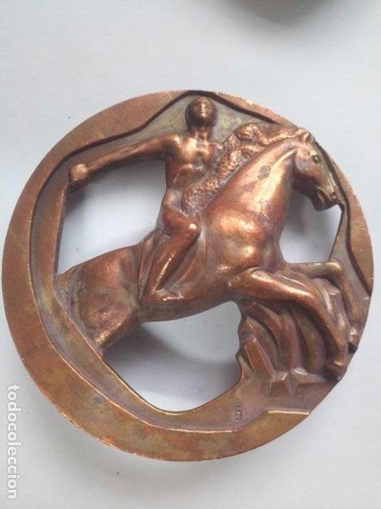 Medalla FMNT bronce troquelada hípica caballo, jinete segunda mano