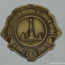 Medallas temáticas: MEDALLA DE LOS LIONS INTERNATIONAL, XXXIX CONVENCION NACIONAL DE LEONES DE ESPAÑA, VIGO 2006, MIDE. Lote 209793520