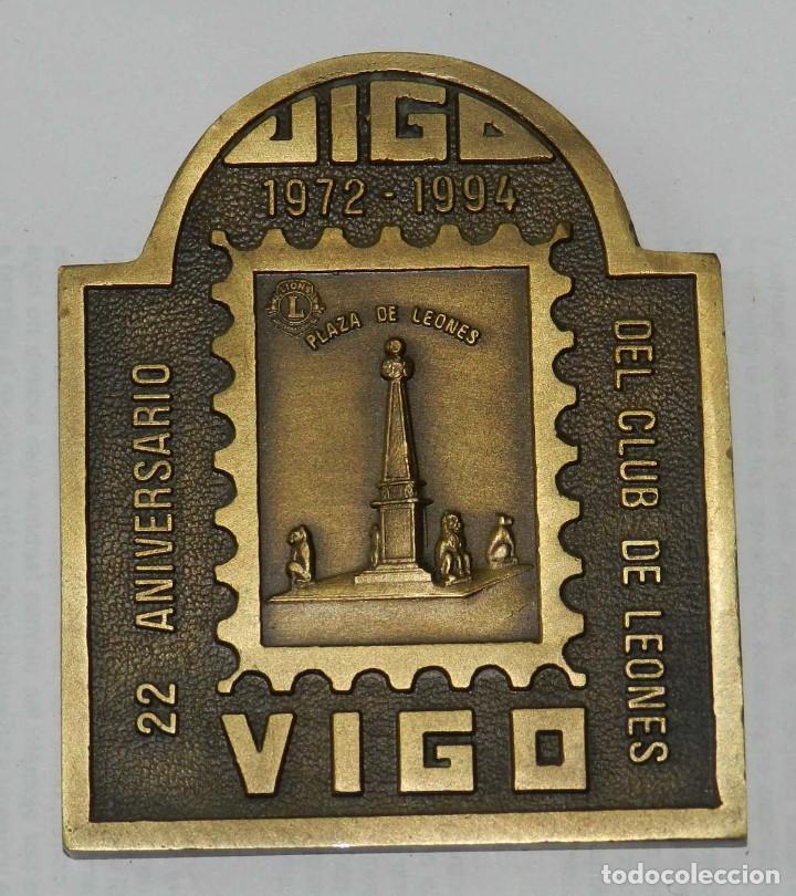 MEDALLA DE LOS LIONS INTERNATIONAL, XXVII CONVENCION, DISTRITO MULTIPLE 116. ESPAÑA, VIGO 22 ANIVERS (Numismática - Medallería - Temática)