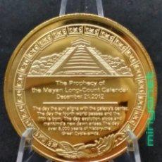 Medallas temáticas: MONEDA - MEDALLA PIRÀMIDE MAYA - CALENDARIO AZTECA. COLOR ORO. Lote 210183671