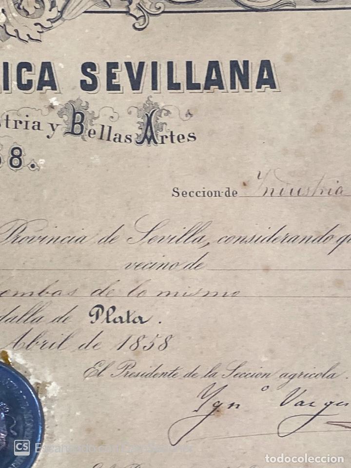 Medallas temáticas: EXPOSICION PUBLICA SEVILLANA. SEVILLA, 1858. MEDALLA DE PLATA. D. MANUEL GROSSO. VER FOTOS - Foto 10 - 210193615