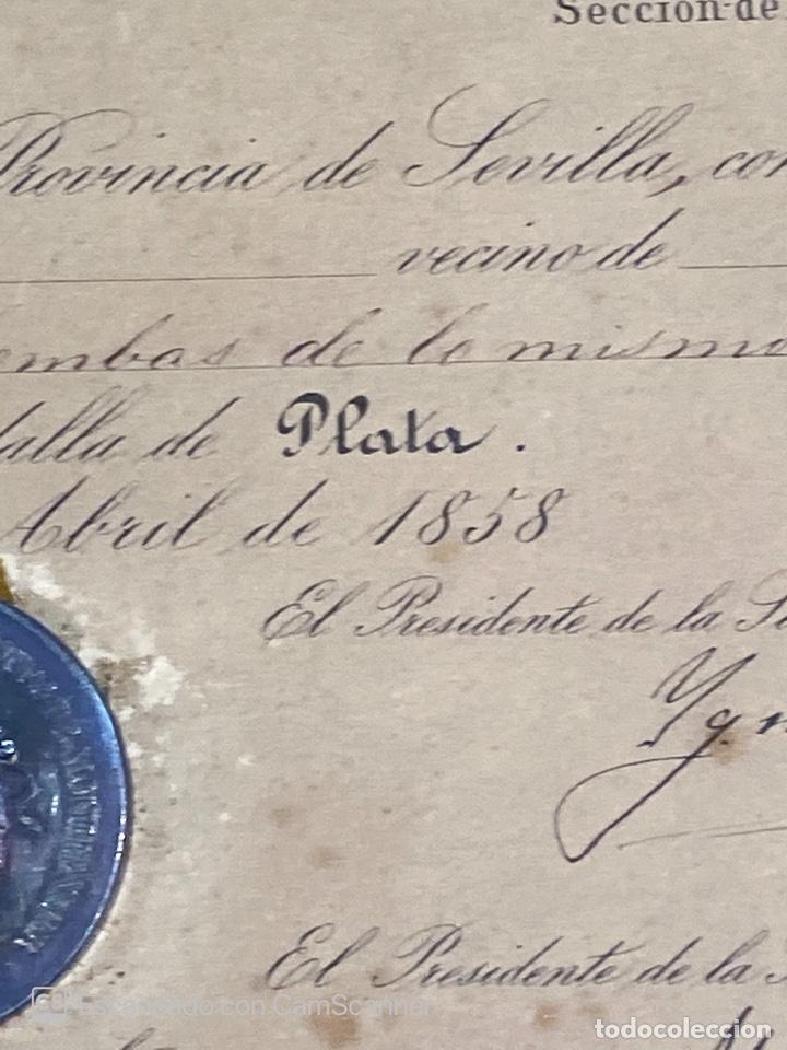 Medallas temáticas: EXPOSICION PUBLICA SEVILLANA. SEVILLA, 1858. MEDALLA DE PLATA. D. MANUEL GROSSO. VER FOTOS - Foto 15 - 210193615