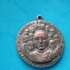 Medallas temáticas: MEDALLAS EN BRONCE MARTIRES PASIONISTAS NICEFORO Y COMPAÑEROS. 1989.. Lote 210300632